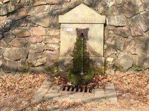 Leoniebrunnen